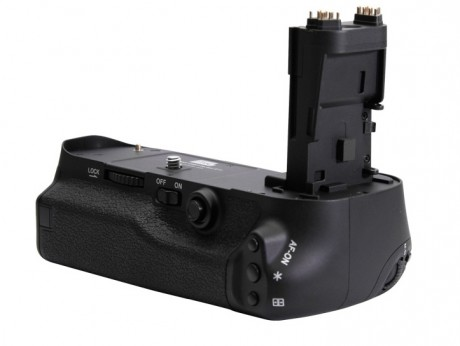 Canon BG-E11 Battery Grip for 5D Mark III